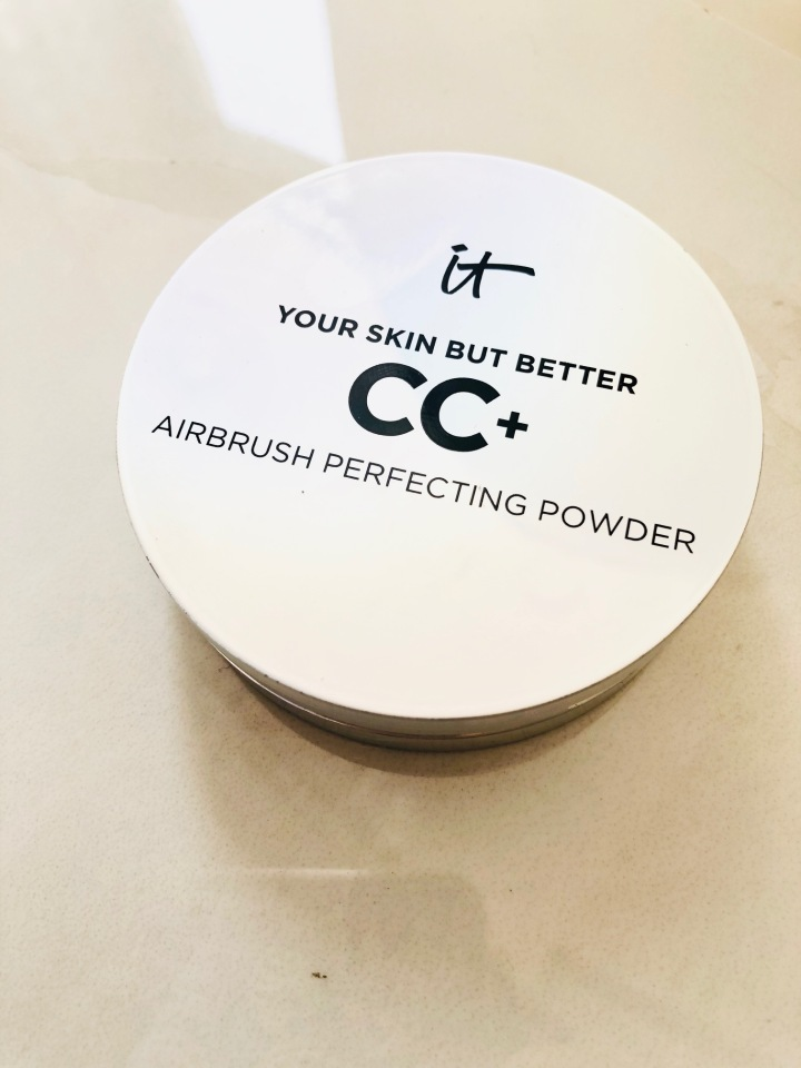 It ' Airbrush Perfecting Powder- Review